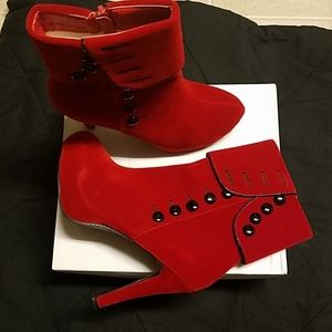 Red Velvet German boots